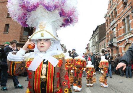 Проводы зимы по-бельгийски, или Карнавал в Бенше